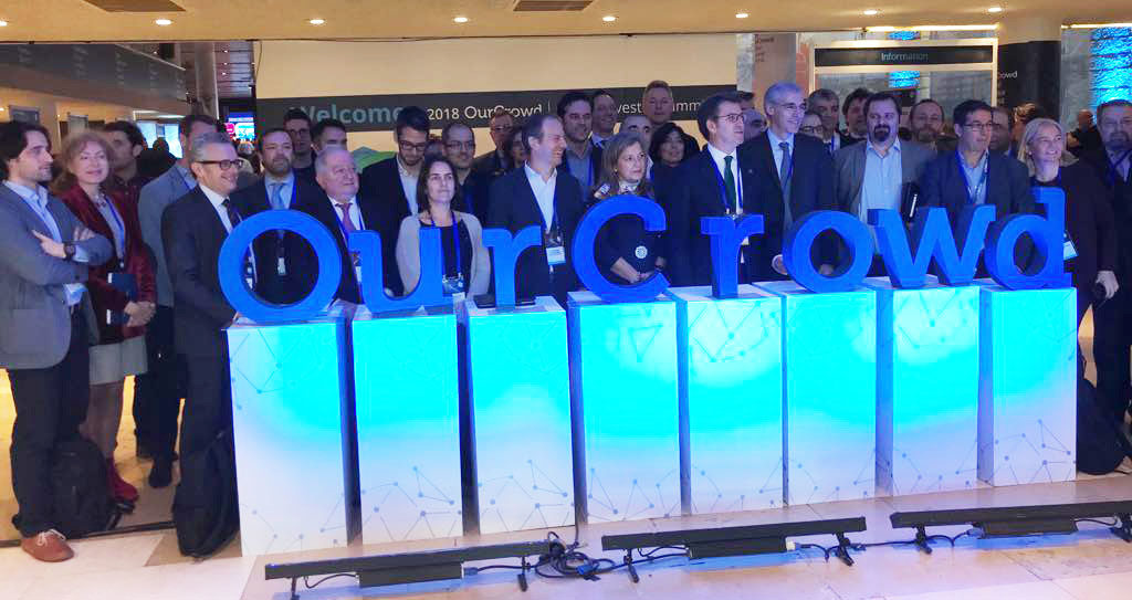 Mabel Loza de la Fundación Kaertor junto a representantes de otras iniciativas empresariales y de incubación de proyectos de Galicia